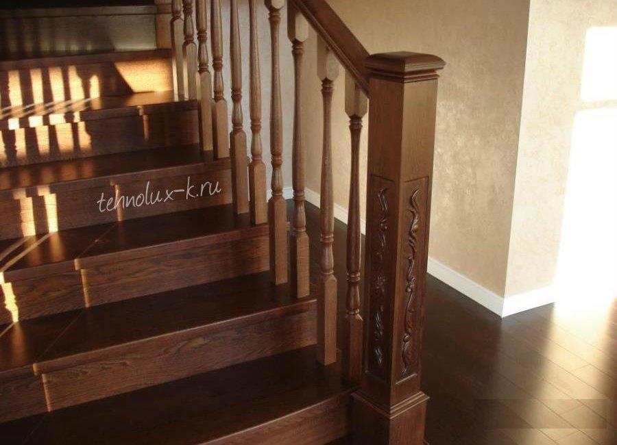 Деревянные лестницы и двери