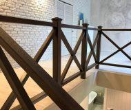 Ограждения лестницы из массива дуба