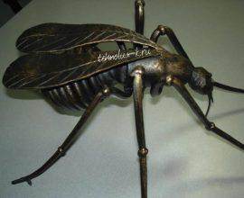 Кованая муха