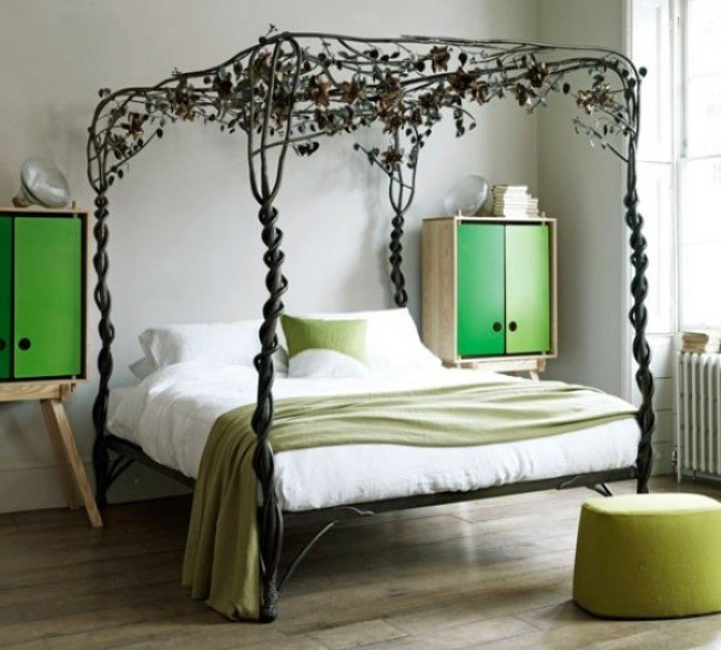 Кованая мебель в интерьере спальни